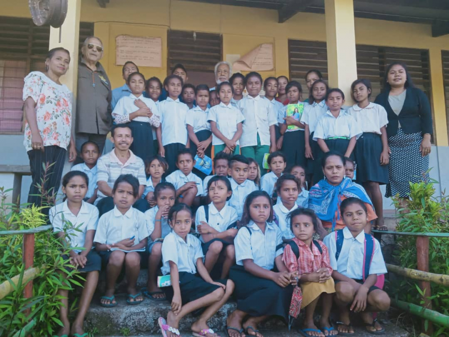 Prezensa Xanana-Horta Hanesan Previlejiu Boot ba Eskola EBF Tutuluru
