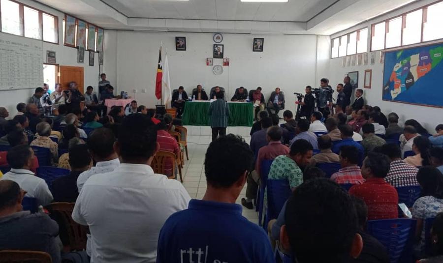 Komunidade Aileu Hakneak no Tanis ba PM Taur