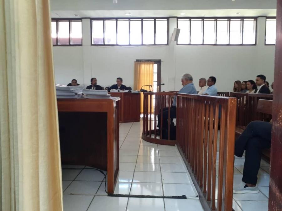 Xanana Tuur Iha Kadeira Tribunal Dili
