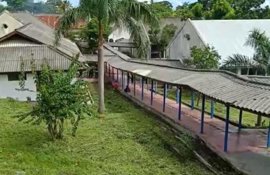 Estudante Baukau Oan Fila Husi Indonezia Ba Liu Uma