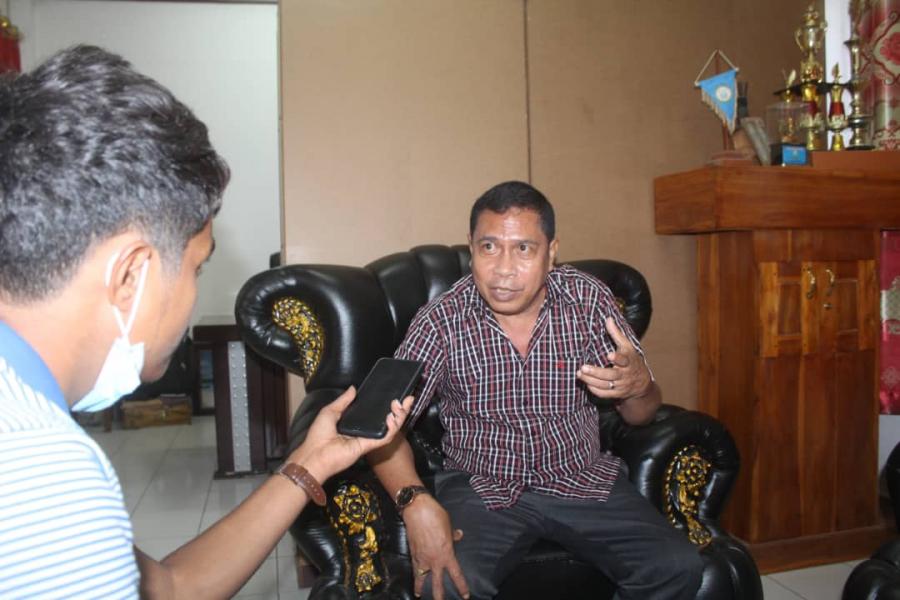 Administradór Manatutu Prontu Husik Kargu