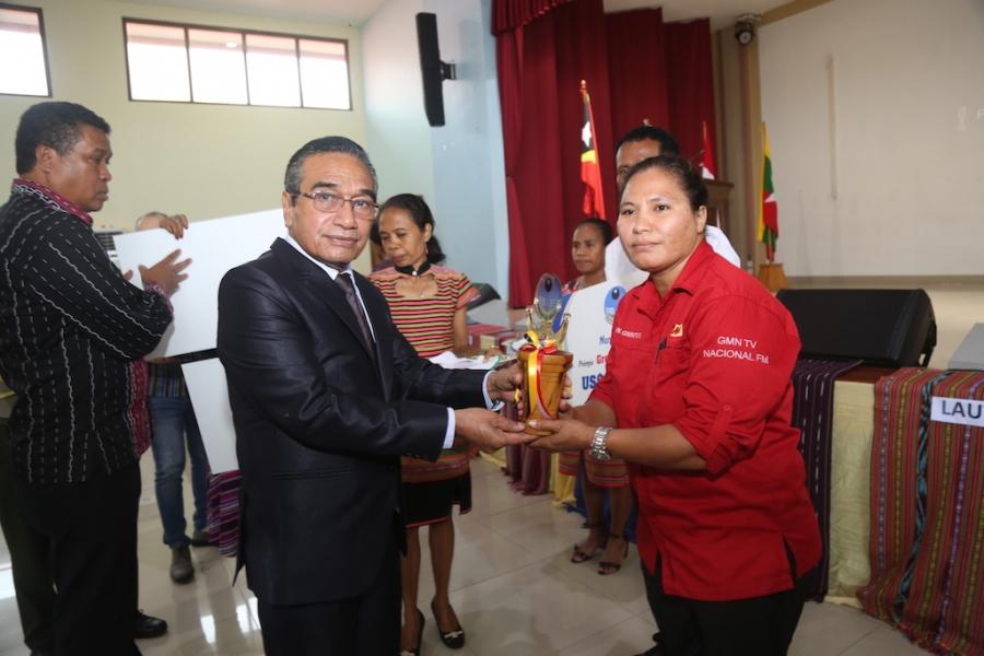 PR Kongratula Jornalista Manan Nain Premiu KI Dahuluk
