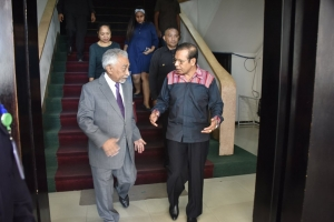 Mari Alkatiri met PM Taur Matan Ruak in PM office in Dili, (06/06)